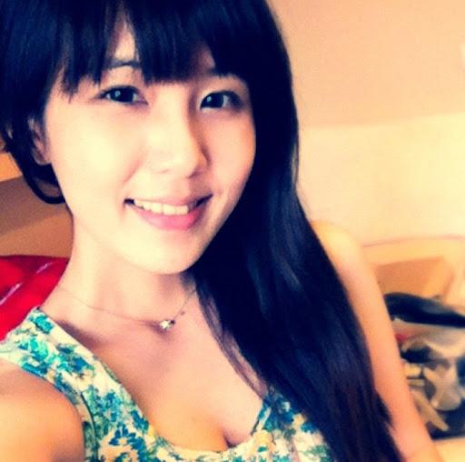 Amy Tsai Photo 29