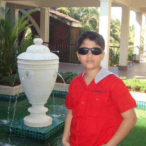 Rushabh Desai Photo 9