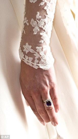 Esmalte usada por kate Middleton no casamento