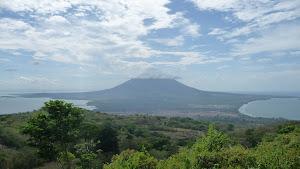 Hiking Volcán Maderas - Isla Ometepe, Nicaragua