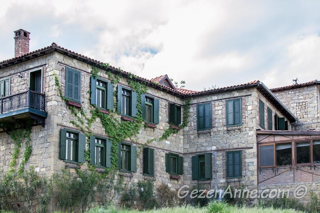 Yeşilyurt'taki taş evler, Çanakkale