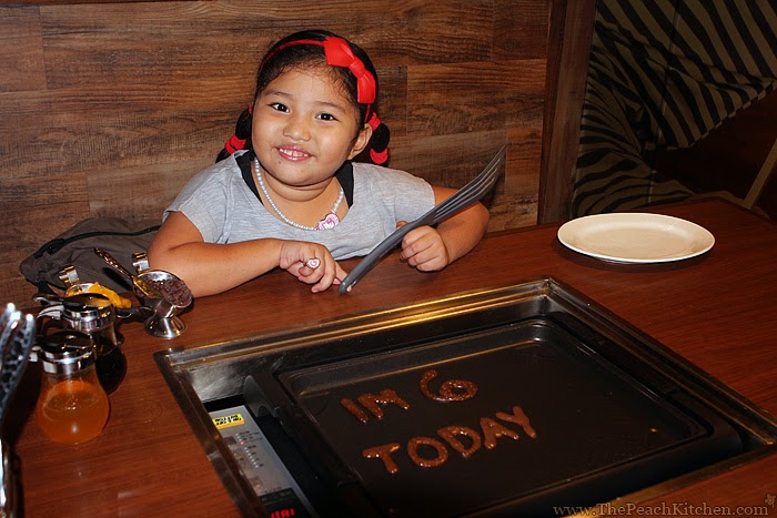 Celebrating Ykaie's Birthday at Slappy Cakes | www.thepeachkitchen.com
