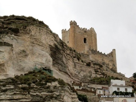Turismo rural por las sierras de albacete lala viajera - Casa rural el castillo alcala del jucar ...