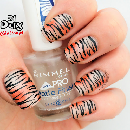 tiger-print-nails-stripes-orange-challenge