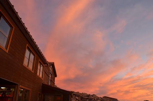 笠ヶ岳山荘から見る日の出