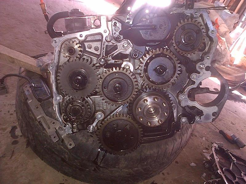 Amarok dust kit for engine belts
