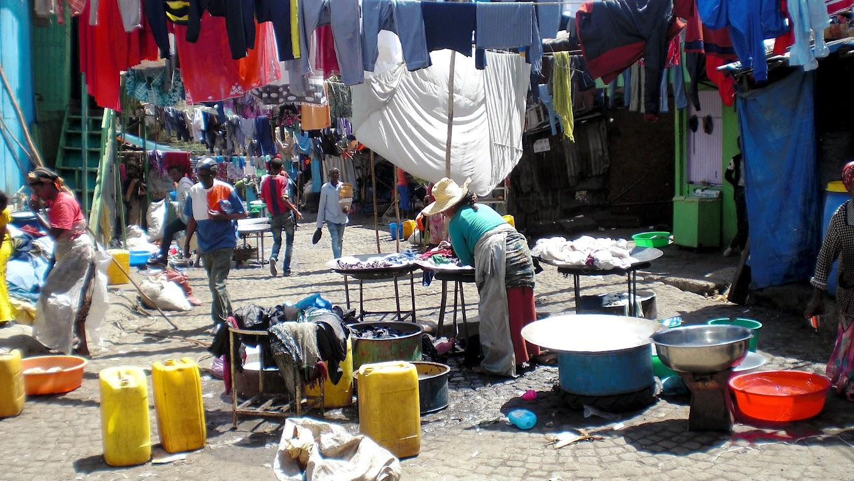 Kelionė į Etiopiją.Merkato turgaus gyvenimas.Autorius Tomas Baltušis