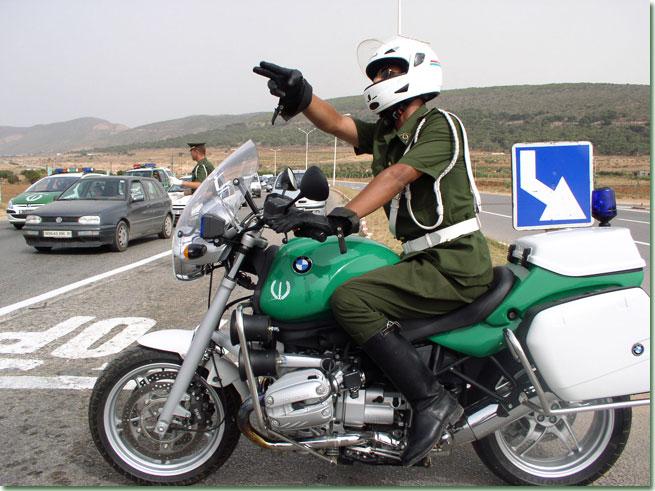 شروط التوظيف والتجنيد في الدرك الوطني الجزائري + تكوين الملف Motocycliste.jpg