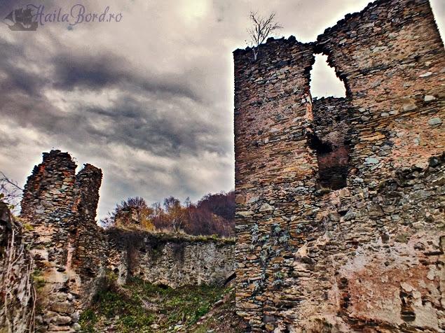 cetatea colt castelul din carpati