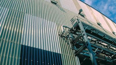 Tôn nhựa sợi thủy tinh 12 sóng tròn làm vách nhà xưởng