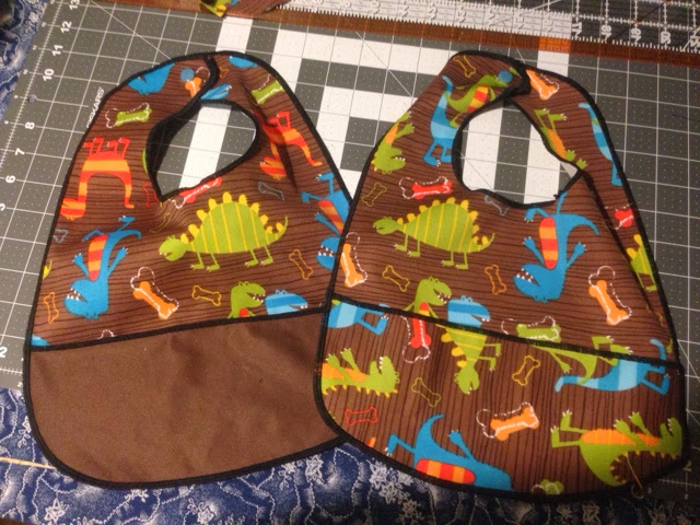 how to make serged Pul bibs with a catch pocket