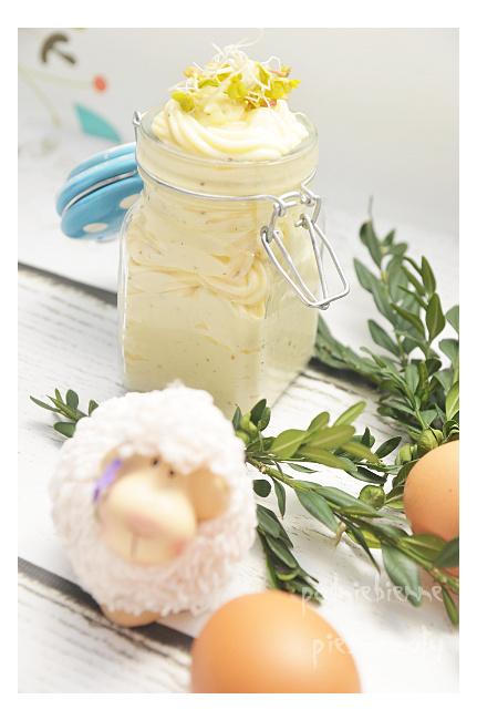 Wielkanocny, domowy majonez