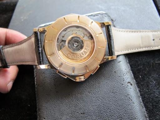 Bán đồng hồ corum Admirals – 6 kim – dây da – vàng hồng 18k – size 41mm