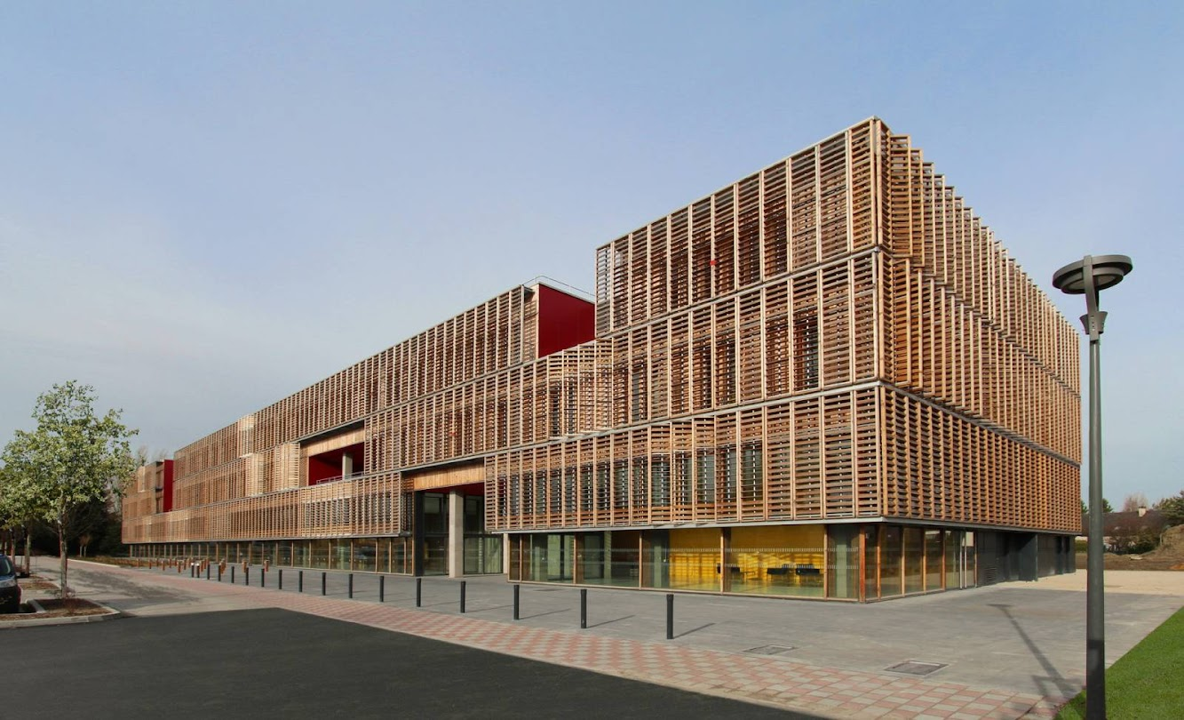 Sustainability: UNIVERISTY of TECHNOLOGY (UTC) by AMELLER DUBOIS & ASSOCIÉS