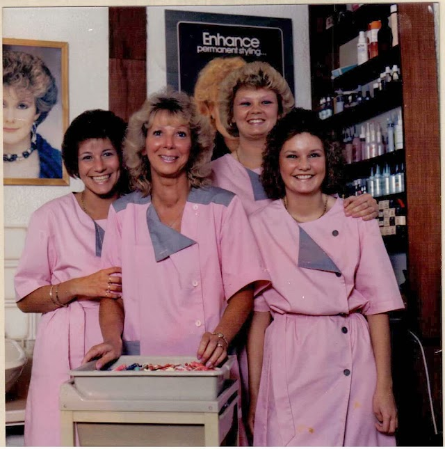 Maureens Hair Salon