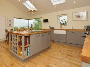 Joiners Edinburgh | Kitchen Fitters | Balmoral Joinery & Building