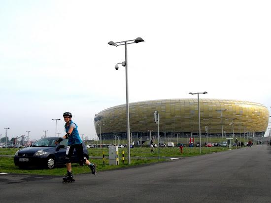 rozgrzewka przed stadionem PGE Arena