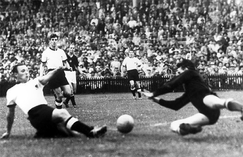 1954: West Germany - Hungary 3-2