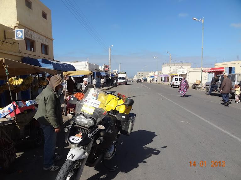 Marrocos e Mauritãnia a Queimar Pneu e Gasolina - Página 5 DSC05816