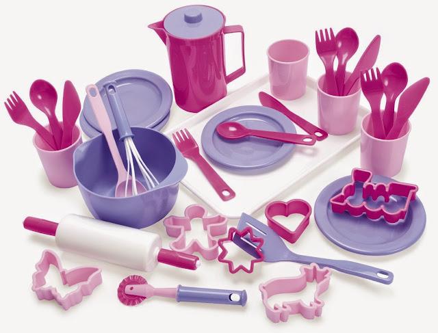 Bộ làm bánh công chúa Dantoy với rất nhiều vật dụng nhà bếp dễ thương