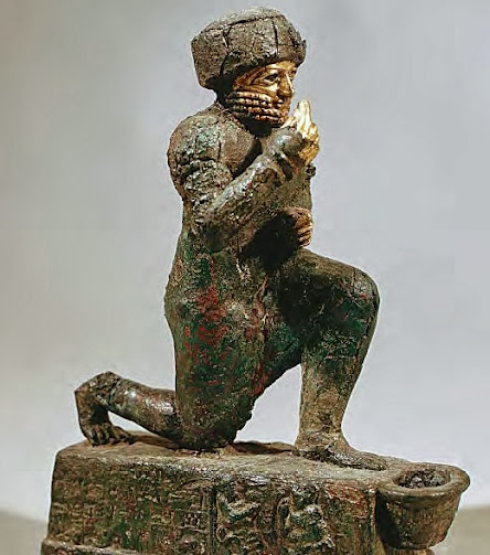 Sculpture showing a man wearing typical Mesopotamian turban.