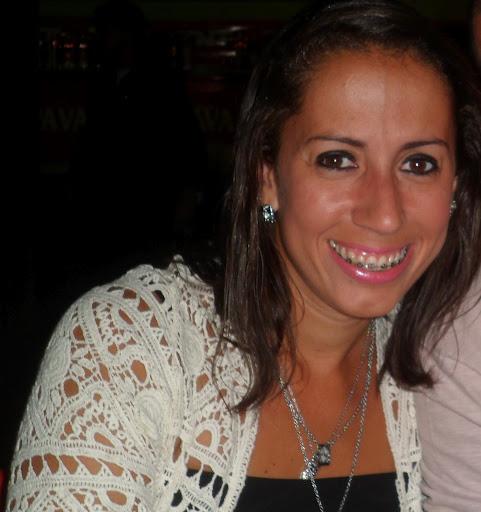 Andrea Cabral