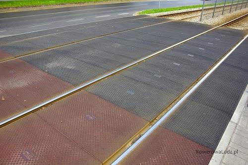 Przejazdy i przejścia dla pieszych (czerwone) wykonane w systemie STRAIL.