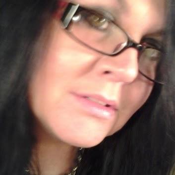 Michele Allen Photo 29