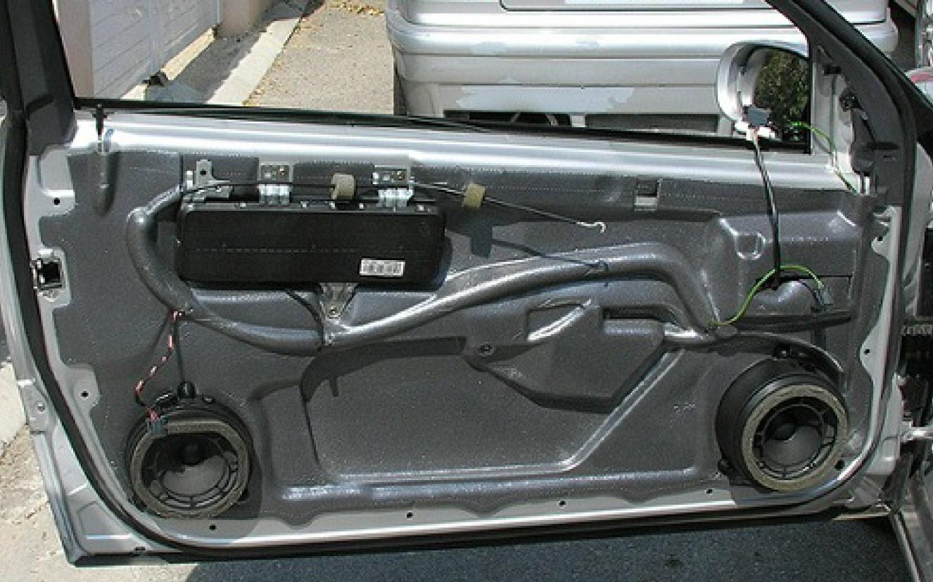 Demonter Panneau Interieur Mercedes Classe B