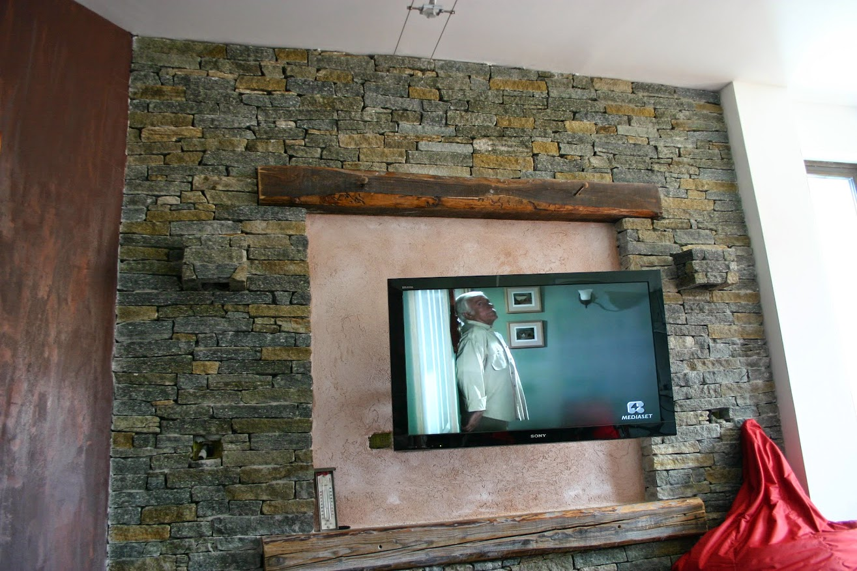 Forum coni di luce con aplique in pietra - Pietra parete soggiorno ...