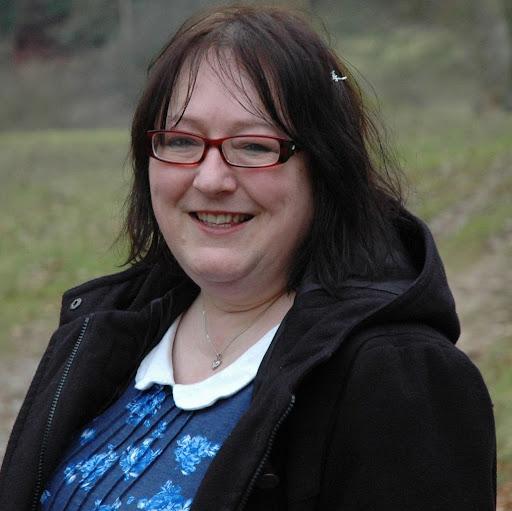 Patricia Bradley Photo 28
