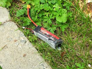 Разрушенная LiPo батарея