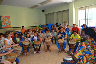 Educaci n colegios y grupos centre d 39 art cultura i for Colegio jardin de africa
