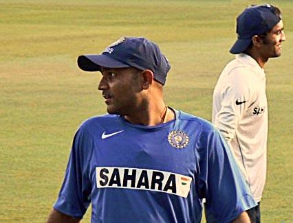 virender sehwag on cricket field