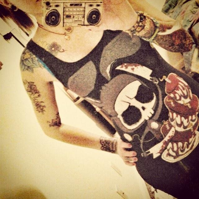 akumu ink, skull rabbit, skull tank top, skull vest, alice in wonderland vest, alice in wonderland top, wonderland tshirt, march hair shirt, goth white rabbit, white rabbit tshirt, white rabbit tank, happy unbirthday, blood cake shirt, rabbit knives shirt