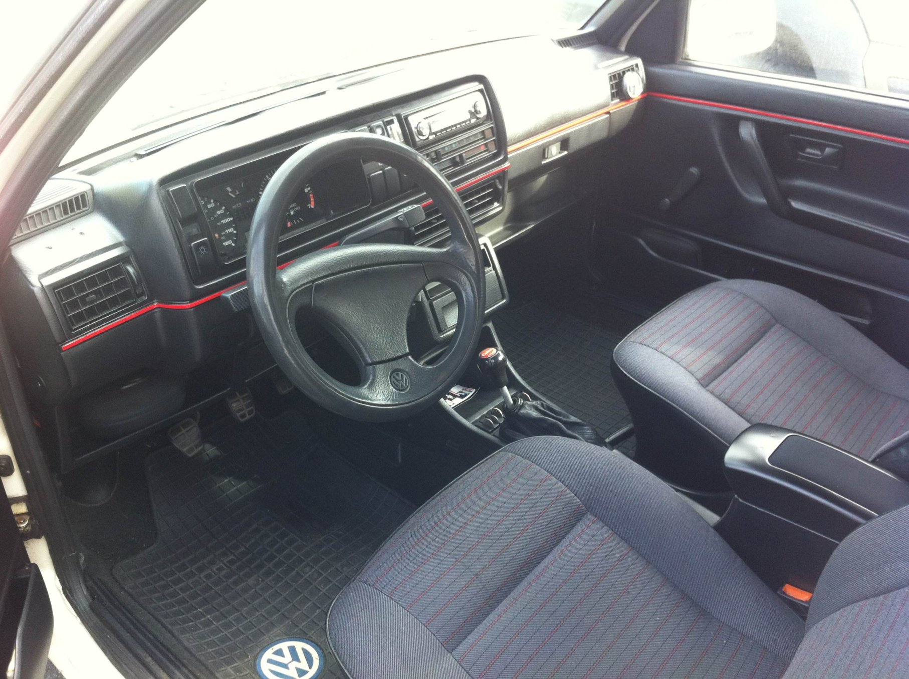 Rubber floor mats vw golf - I Had Mk3 Heavy Duty Rubber Floor Mats In My Mk2 Golf They Fit Pretty Well Didn T Slide At All And Were A Breeze To Clean