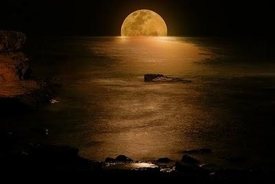 صور للقمر في ليلة التمام-صور الطبيعة-منتهى