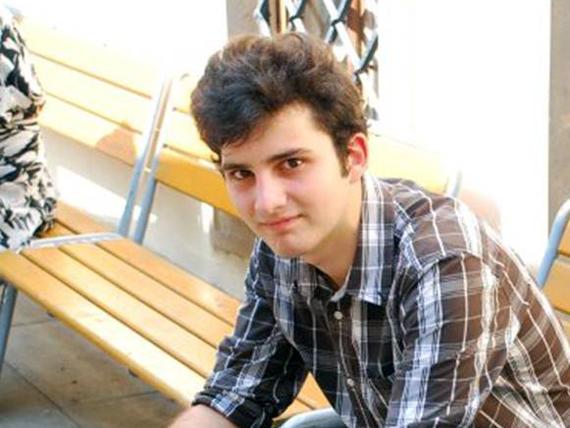 Constantin Popa, elev la Nicu Gane. a câştigat medalia de aur la Olimpiada internationala de geografie