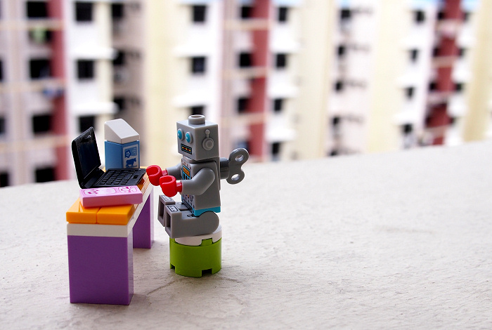 Clockwork Robot minifig