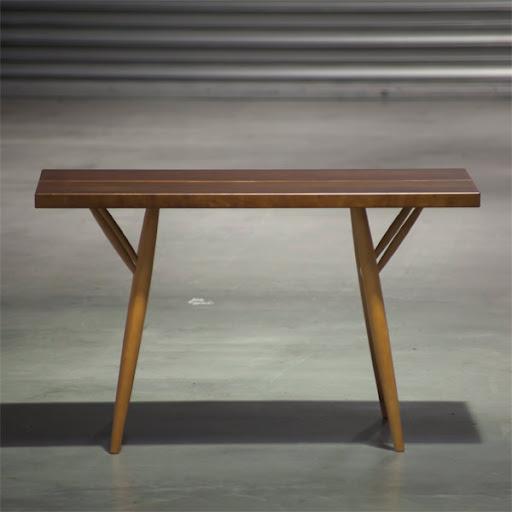 ピルッカテーブル(Pirkka Table):正面