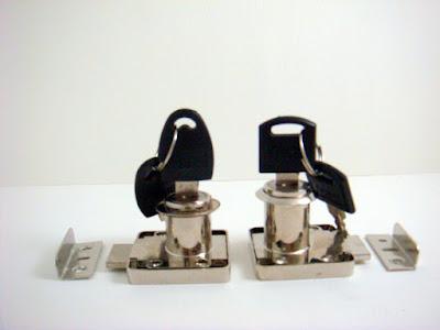 裝潢五金品名:進口-方便鎖(銀) 規格:7分/9分(6分半孔) 型式:亂號/同號玖品五金