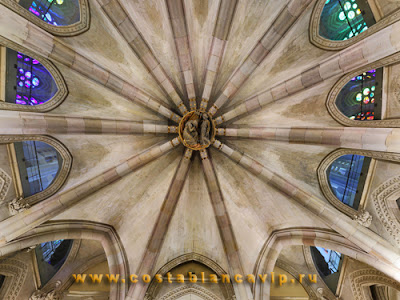 Искупительный храм Святого Семейства, Temple Expiatori de la Sagrada Família, Templo Expiatorio de la Sagrada Familia, Барселона, Barcelona, Испания, Каталония, España, Spain, Достопримечательности Испании, достопримечательности Барселоны, Антонио Гауди, Antonio Plácido Guillermo Gaudí y Cornet, Antonio Gaudí, Саграда Фамилия, Sagrada Família, архитектор Испании, базилика Святого Семейства, недвижимость в Испании, недвижимость в Барселоне, CostablancaVIP