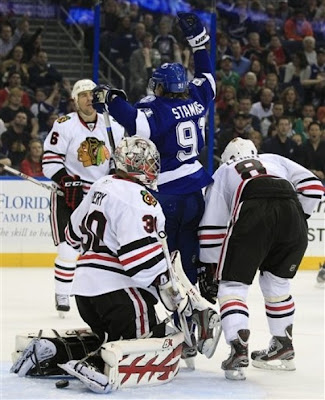 lightning_nov4_hawks3.jpg