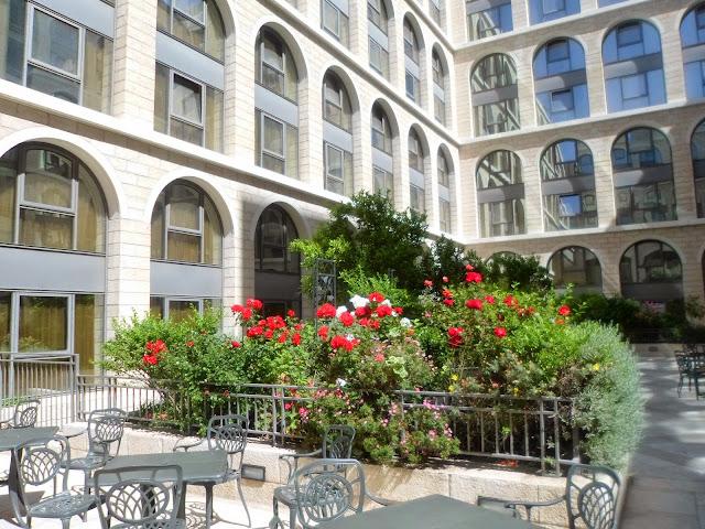 מלון גרנד קורט ירושלים- פנינה בלב העיר- סינט ג'ורג...