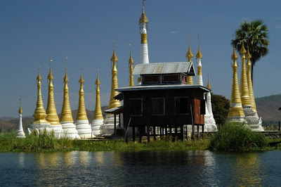 Threeland Travel - Inle Lake Monastery