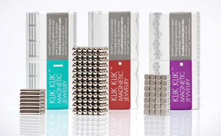 embalagem das bijoterias feitas com imãs da klik klik
