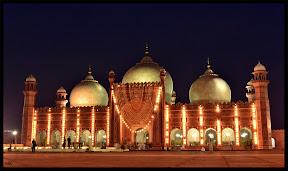 Badshahi Masjid, on 27th Ramadan.