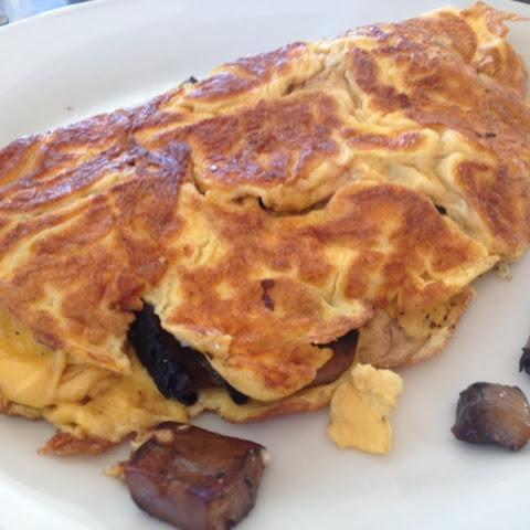 Mushroom & Peppered Feta Omelette / HUNGRY FOR BALANCE
