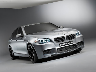 2011_BMW-M5_Concept_1600x1200_Front-Angle