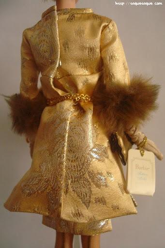 Barbie Silkstone Je ne sais quoi: vista posterior del traje